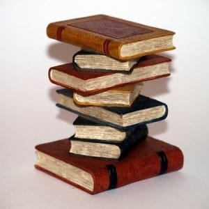 Organising Books - Tips and advice to store and clear book clutter