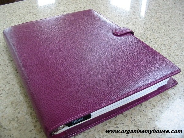 Filofax review - Finsbury Raspberry A4