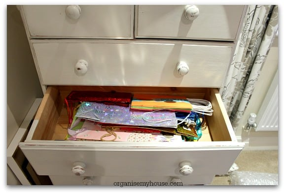 493d. Gift station bags drawer