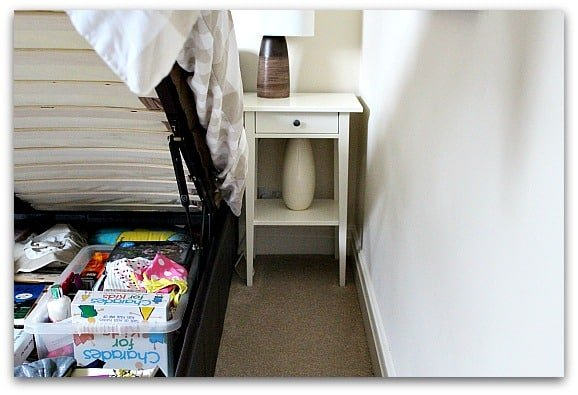Present box kept under the bed
