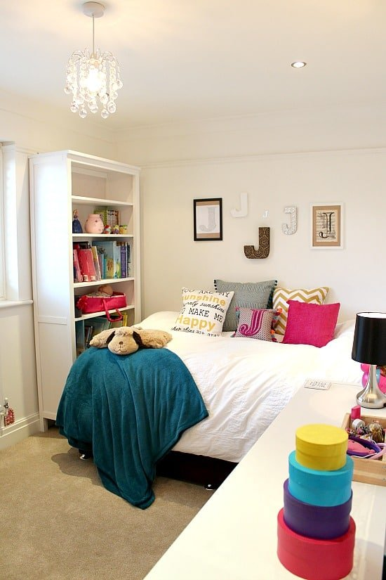 Bedroom makeover - pre teen / teenage girls bedroom