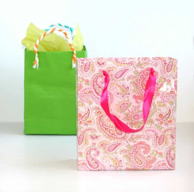 748. turn-gift-wrap-to-gift-bags