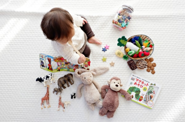 13 COMMON CLUTTER HOTSPOTS IN YOUR HOME & HOW TO FIX THEM ONCE AND FOR ALL! - 791 clutter hotspot toys