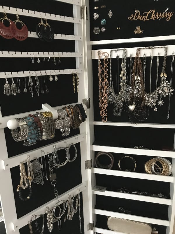 Door Hanging Jewellery Storage Cabinet - Closeup