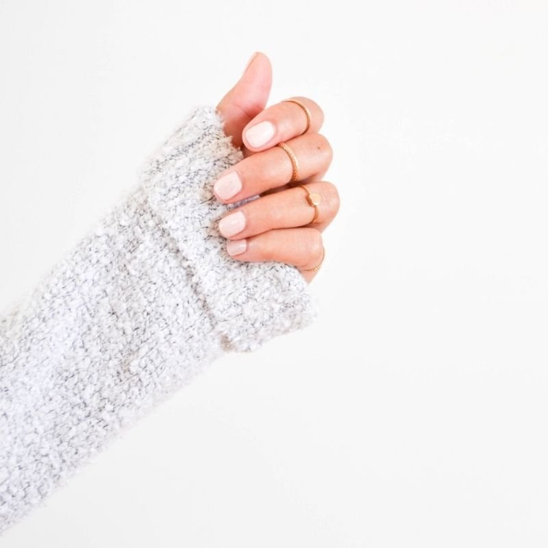Ladies hand in a jumper